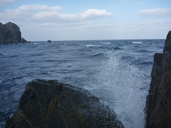 波を被る釣り座